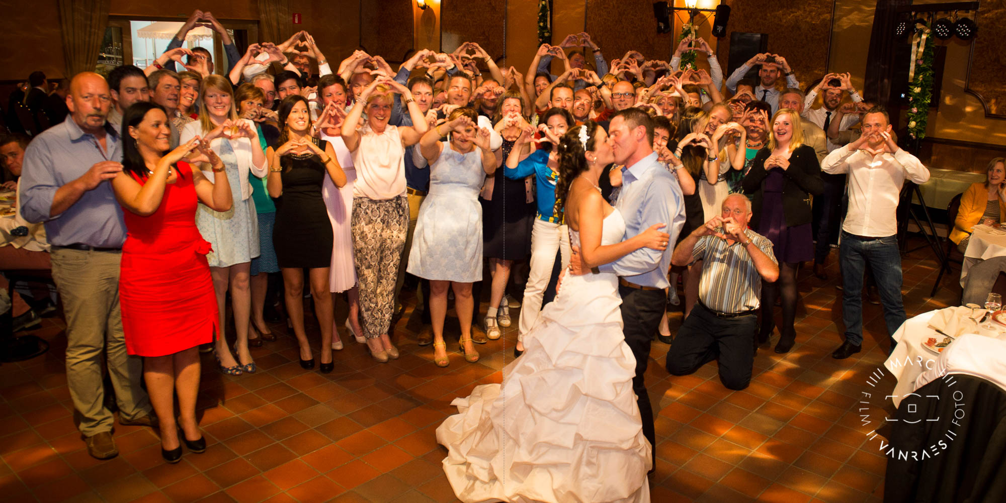 © De trouwfoto's zijn genomen door Fotografie Marc Vanraes-17